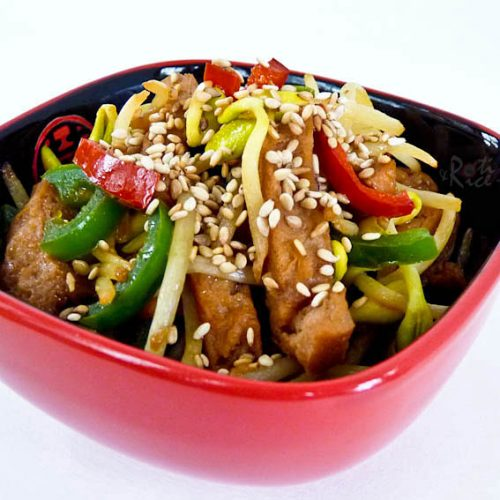Soybean Sprouts and Dried Tofu Stir-fry - a tasty vegan dish with a meaty texture using convenient reconstituted dried tofu. Takes only minutes to prepare.   RotiNRice.com