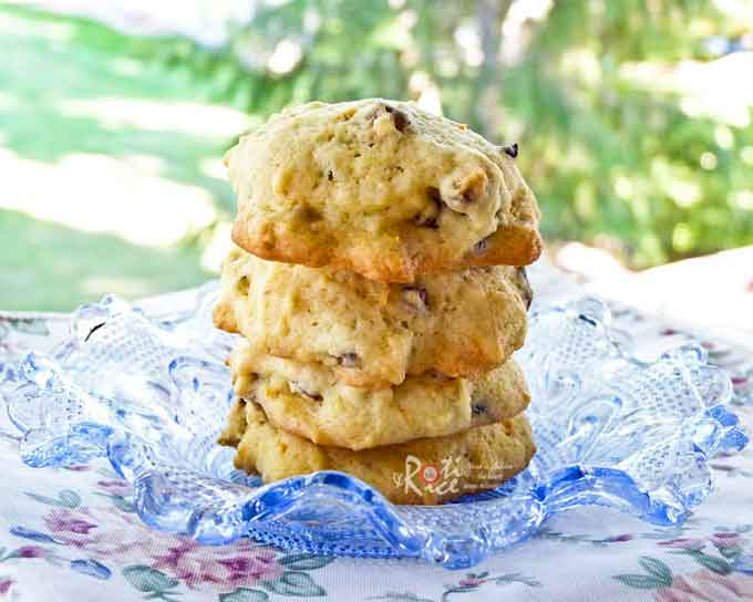 Soft, chewy Orange Pecan Cookies with a citrusy flavor from orange zest and extract. Toasted pecans provide crunch, fragrance, and additional flavor. | RotiNRice.com