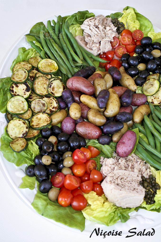 Niçoise Salad with raw and cooked vegetables to cater to all sorts of preferences. Everyone can mix and match to suit their taste buds. | RotiNRice.com
