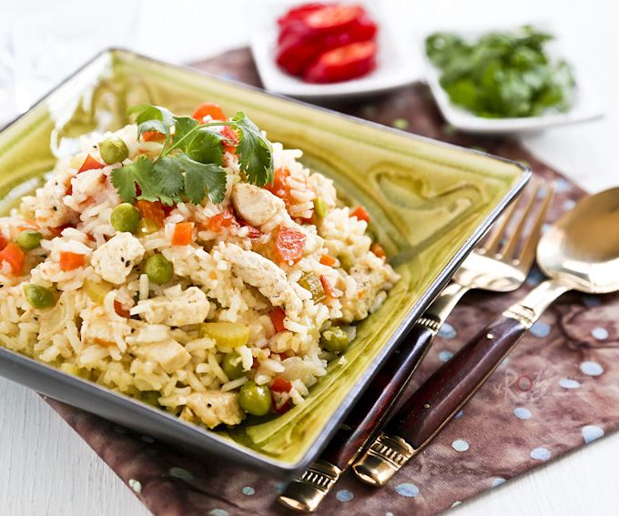 Quick and easy Lemon Pepper Chicken Rice, perfect for busy weeknights or lazy weekends. Takes only 40 minutes to prepare. | RotiNRice.com #chickenrice #easyrecipes #ricerecipes