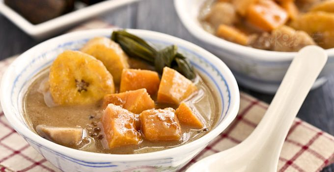 Bubur Cha Cha, a Malaysian dessert consisting of sweet potatoes, taro, plantain, and sago in a sweet fragrant coconut sauce. Serve warm or cold. | RotiNRice.com