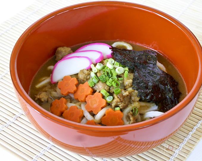 Quick and easy Japanese Curry Udon using convenient pre-packaged curry sauce mix. Your choice of udon or ramen noodles and toppings.   RotiNRice.com #japanesecurry #curryudon #curryramen
