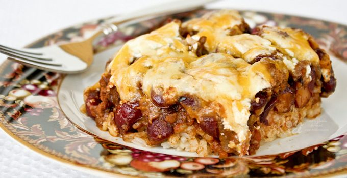 This Chili Rice Bake is a combination of chili and rice in one dish. It is a tasty and convenient hot dish for any get-together or potluck. | RotiNRice.com