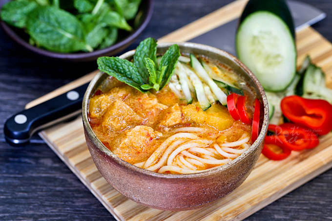 Leftover curry rehashed into laksa.