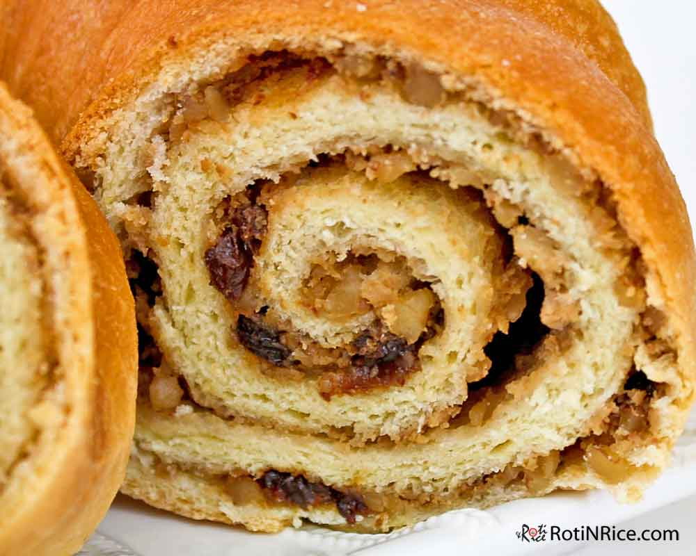 Potica Slovenian Nut Roll For Easter Roti N Rice