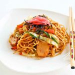 Yakisoba (Japanese Stir Fried Noodles)