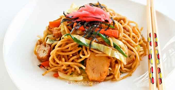 Quick and easy Yakisoba (Japanese Stir Fried Noodles) with fish cakes, onions, carrots, and cabbage. Makes a delicious and satisfying meal. | RotiNRice.com #yakisoba #friednoodles #japanesenoodles