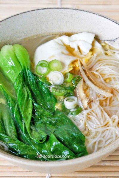 Quick and easy Mee Suah Soup.