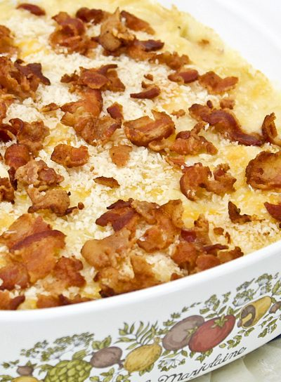 Best ever Baked Macaroni and Cheese with Panko and Bacon - all the trappings of mac and cheese with added crisp crumb topping and bacon. | RotiNRice.com #macandcheese #macaroniandcheese #comfortfood