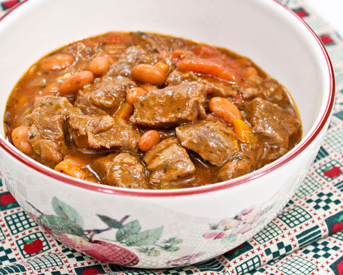 Warm, comforting, and hearty Beef and Bean Stew sweetened with apple juice. This tasty dish is the perfect antidote for cold evenings. | RotiNRice.com