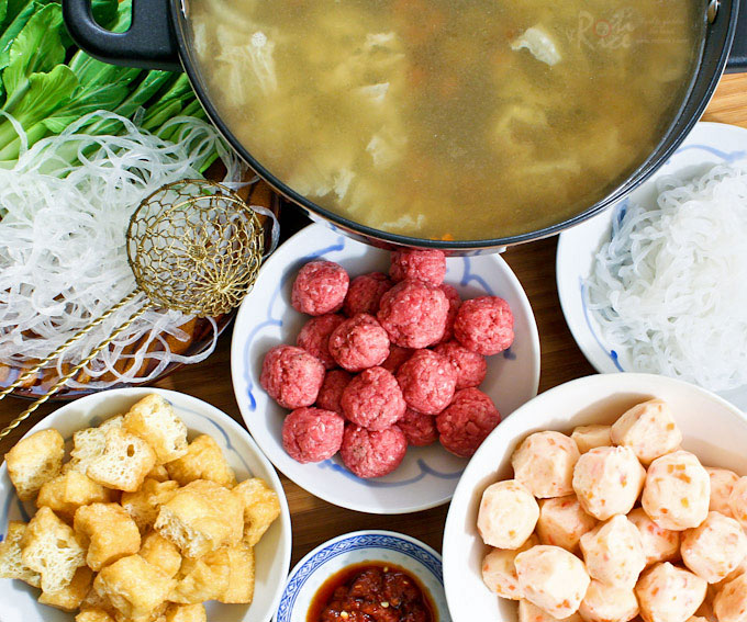 Chinese hot pot perfect for social gatherings roti n rice the chinese hot pot meal is perfect for social gatherings choice of ingredients and broth forumfinder Image collections