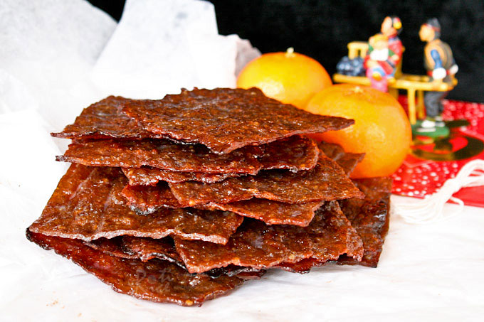 Bak Kwa is a popular snack and gift during the Chinese New Year. These barbecued wafer thin pieces of sweet and salty pork jerky are simply irresistible. | RotiNRice.com