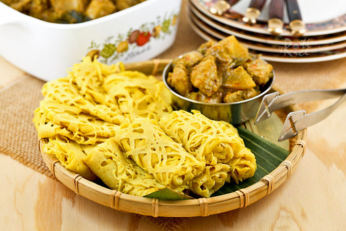 Roti jala malaysian net crepes roti n rice these tender and delicate roti jala malaysian net crepes are a must try with forumfinder Images