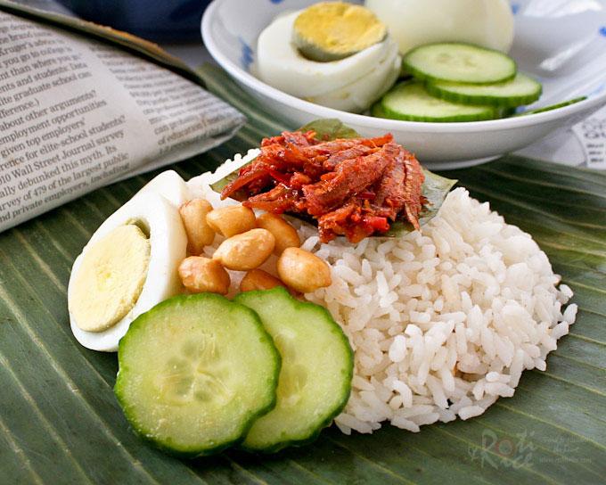 Delicious Nasi Lemak Bungkus