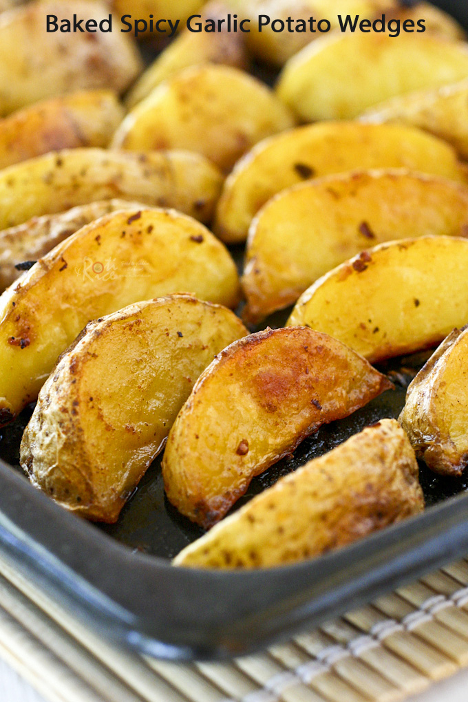 Delicious Baked Spicy Garlic Potato Wedges fresh out of the oven.