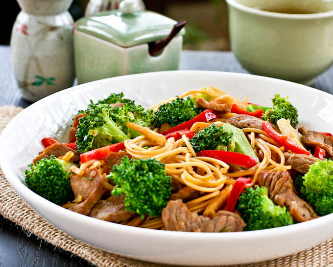 Tasty Broccoli Beef Noodles in less than 30 minutes using dried noodles, sirloin beef, and broccoli florets. Great for busy weeknights or lazy weekends. | RotiNRice.com