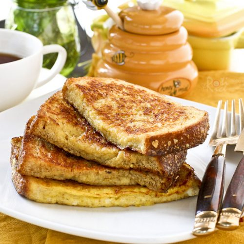 Quick and easy French Toast for a delicious and satisfying breakfast. Ready in 10 minutes and perfect with a cup of coffee or tea.   RotiNRice.com