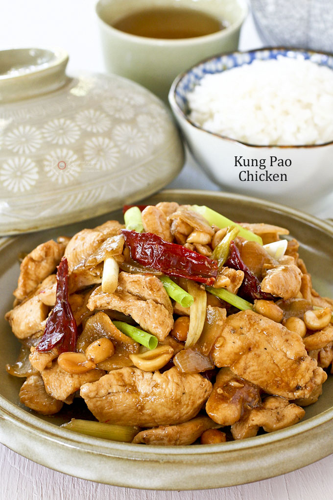 Quick and easy Kung Pao Chicken with dried chilies, Szechuan peppercorns, and roasted peanuts. Delicious with a bowl of steamed rice. | RotiNRice