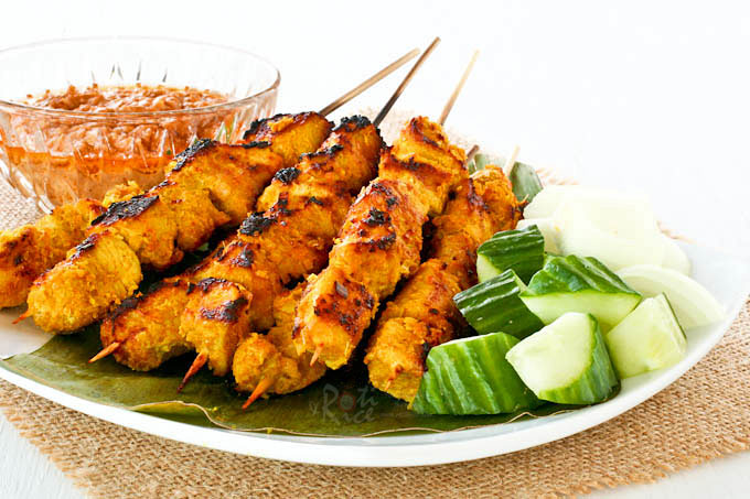 Irresistible Turkey Satay marinated with spices and grilled on skewers. Delicious served with an easy Satay Peanut Sauce and chunks of cucumber. | RotiNRice.com