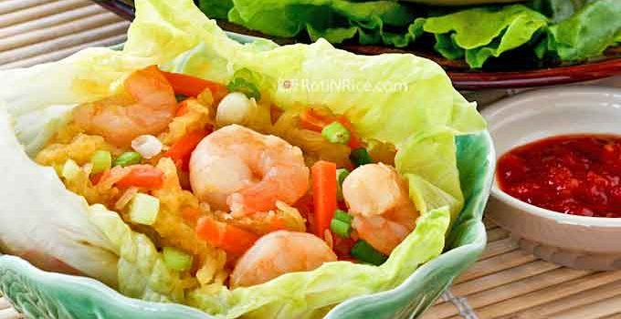 This delicious Stir-Fry Spaghetti Squash with Shrimps is a twist on the classic Jiu Hu Char (stir Fry Jicama), often served as a filling for lettuce wraps. | RotiNRice.com