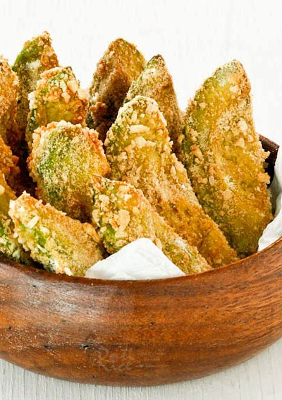 Gluten Free Baked Avocado Fritters coated with rice puffs or gluten free rice Krispies. They are crunchy on the outside and soft on the inside. | RotiNRice.com
