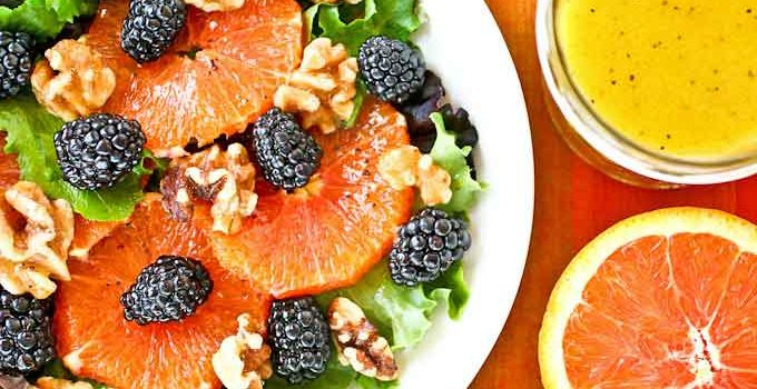 This gorgeous Cara Cara Orange Blackberry Salad is a feast for the eyes and palate. It is amazing served with homemade Orange Poppy Seed Vinaigrette. | RotiNRice.com