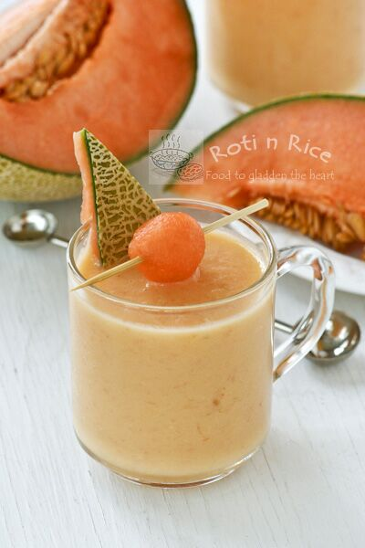 Cantaloupe Pineapple Smoothie