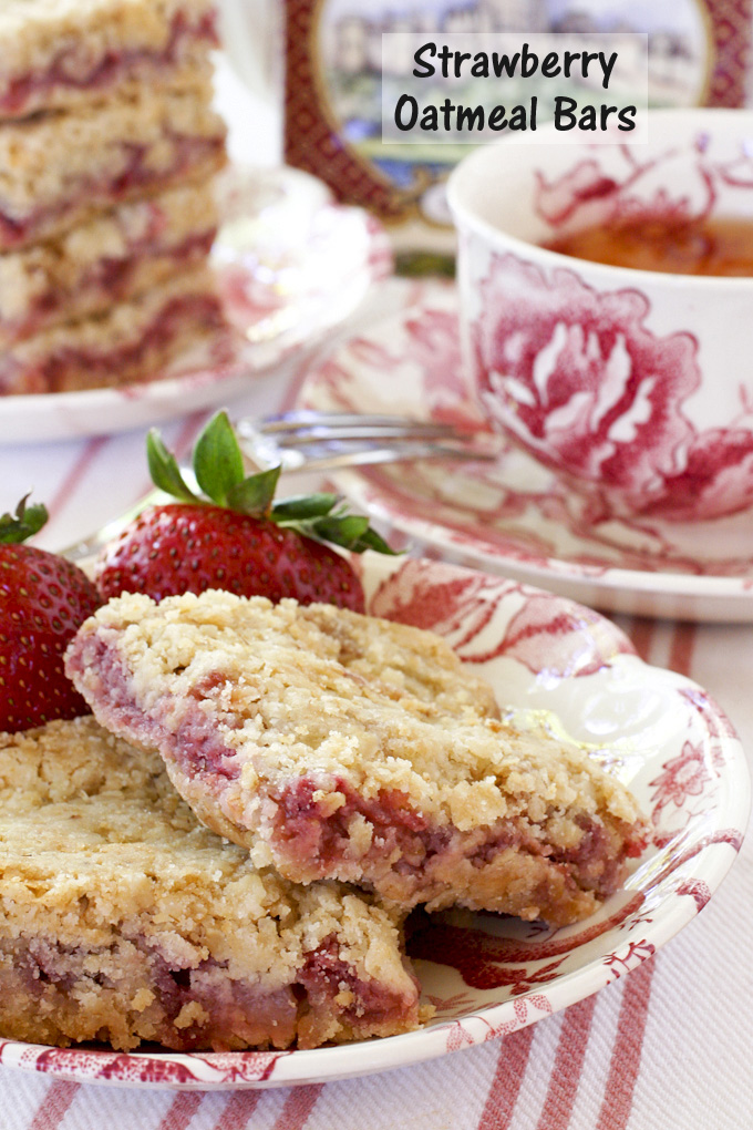 These simple yet delightful Strawberry Oatmeal Bars are soft and chewy with a fresh strawberry filling. You cannot even tell they are gluten free. | Food to gladden the heart at RotiNRice.com
