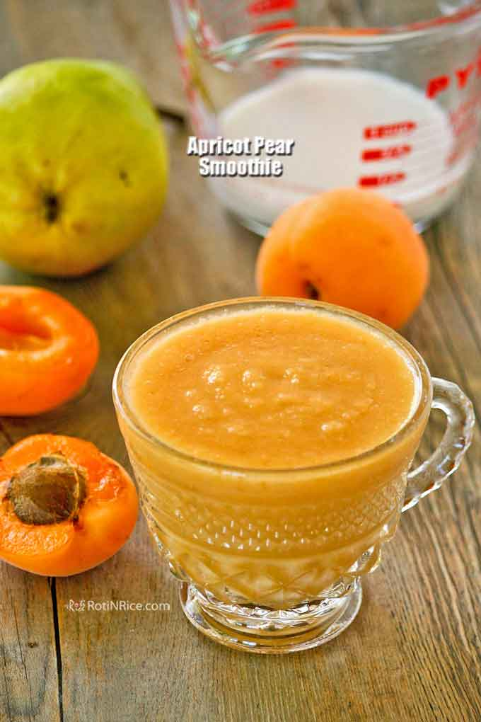 This delicious Apricot Pear Smoothie is a wonderful pick-me-up in the morning or during snack time. It is fresh, fruity, with a hint of tartness. | RotiNRice.com