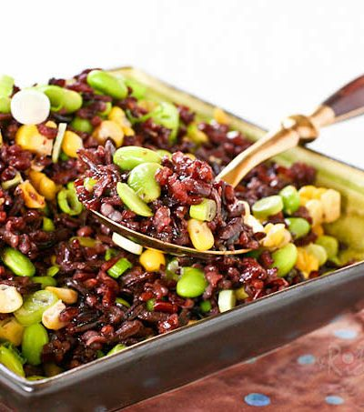 This fresh and tasty Black Rice, Corn, and Edamame Salad is flavored with a rice vinegar, honey, and sesame oil dressing. Wonderful served with seafood.| RotiNRice.com