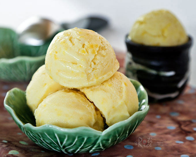 Cempedak is a fragrant fruit with a sweet and soft flesh. It is wonderful combined with coconut milk in this creamy Cempedak Coconut Ice Cream. | RotiNRice.com