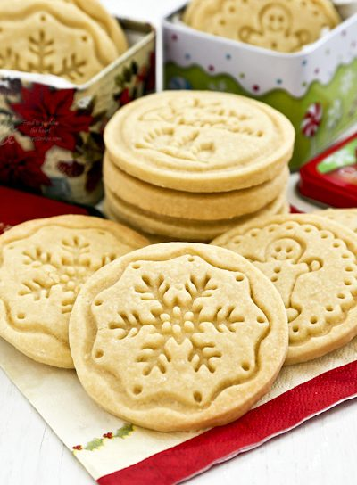 Buttery melt-in-the-mouth Shortbread Stamped Cookies using only 4 simple ingredients. A beautiful and delicious addition to any holiday. | RotiNRice.com #shortbreadcookies #stampedcookies #thanksgiving #christmascookies