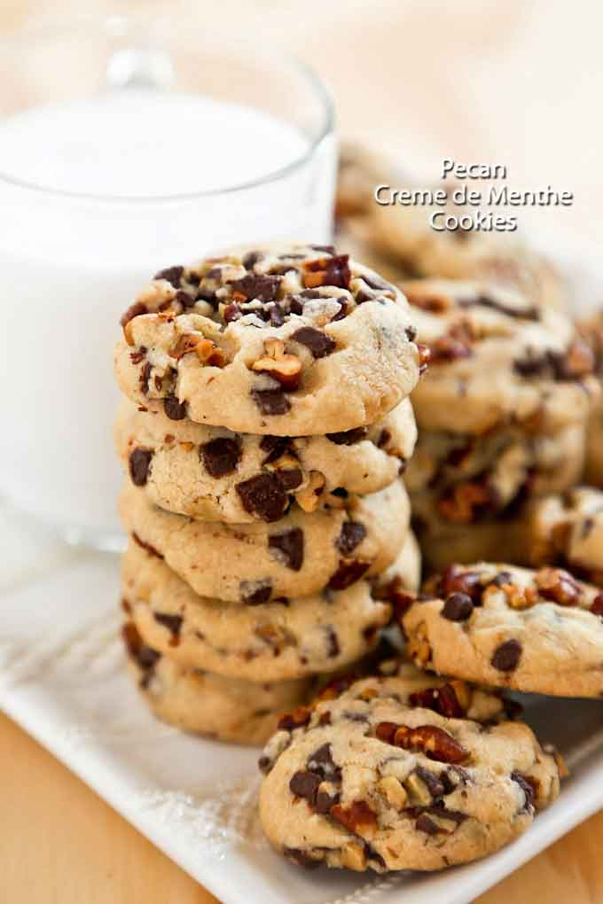 Delicious Pecan Creme de Menthe Cookies with a minty flavor and a slightly crunchy texture from the toasted pecans. Perfect for tea time or the holidays. | RotiNRice.com