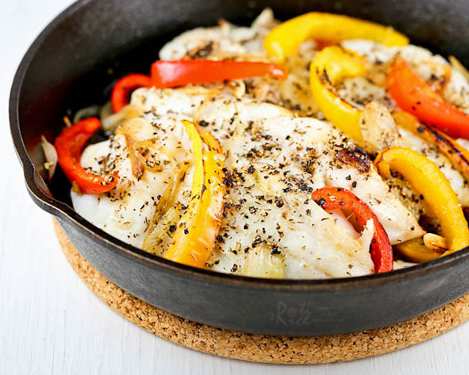 Healthy and delicious Broiled Cracked Pepper Cod with sweet bell peppers, onions, and garlic. Serve it with rice or potatoes for a tasty weeknight meal. | RotiNRice.com