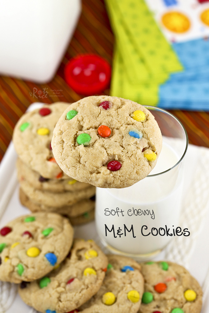 These Soft Chewy M&M Cookies are always a favorite with the kids and adults. So satisfying and delicious with a glass of cold milk. | Food to gladden the heart at RotiNRice.com