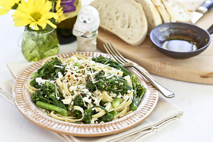 Quick and easy Pasta with Broccolini and Feta in under 30 minutes. Perfect for busy weeknights or lazy weekends. | RotiNRice.com