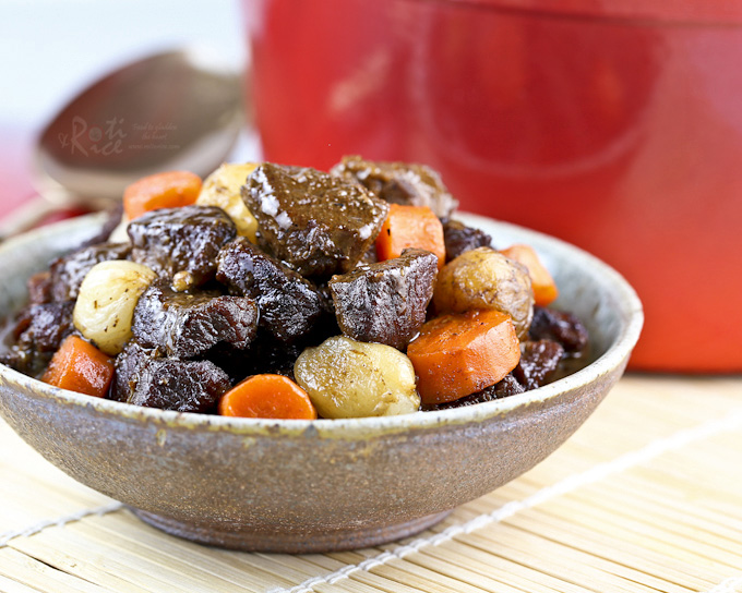 A slight Asian twist to this hearty Beef Stew with Pearl Onions and Carrots. Delicious with a bowl of steamed rice or crusty bread. | RotiNRice.com