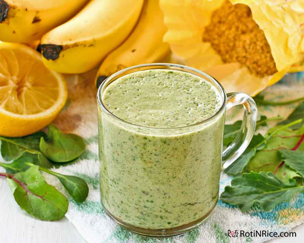 This Power Greens Banana Smoothie will keep you satisfied for the morning.