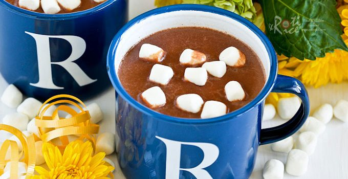 This rich, creamy Nutella Hot Chocolate with a hint of hazelnut is a treat for the winter months. Delicious topped with whipped cream or marshmallows. | RotiNrice.com