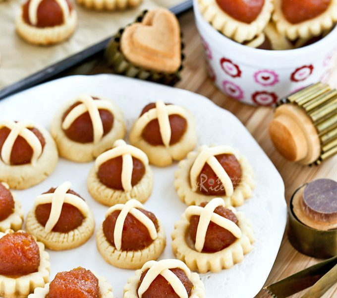 The best ever Pineapple Jam Tarts with a crumbly sandy texture.