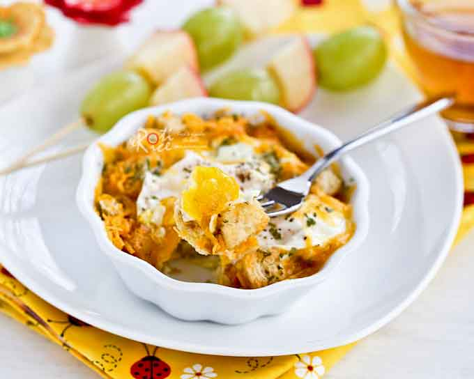This quick and tasty 1-Minute Single Serve Crouton Egg Bake will satisfy you in a jiffy. It takes only 3 short minutes to prepare. | RotiNRice.com
