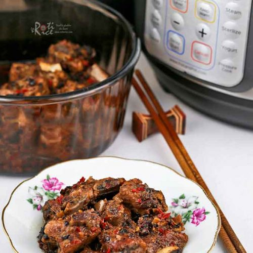 Steamed Pork Ribs with Black Beans in Instant Pot.