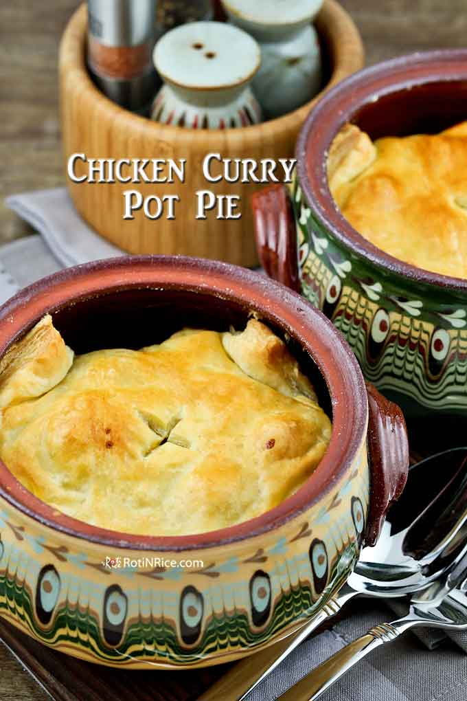 Warm and delicious pot pie with chicken curry filling.