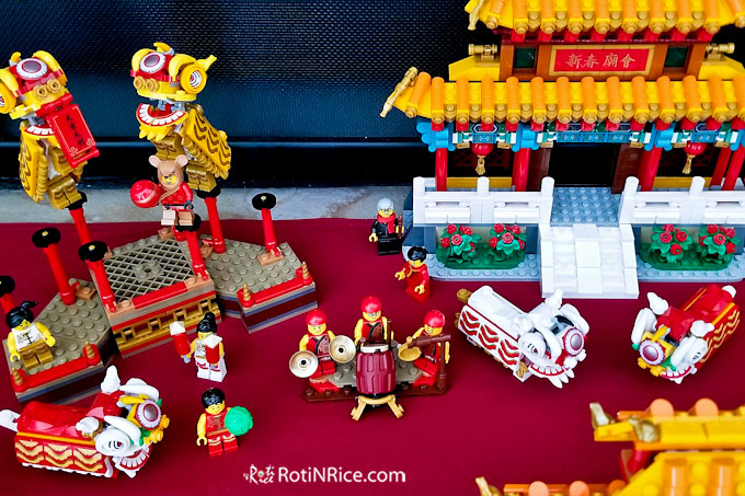 Lego Chinese New Year Lion Dance