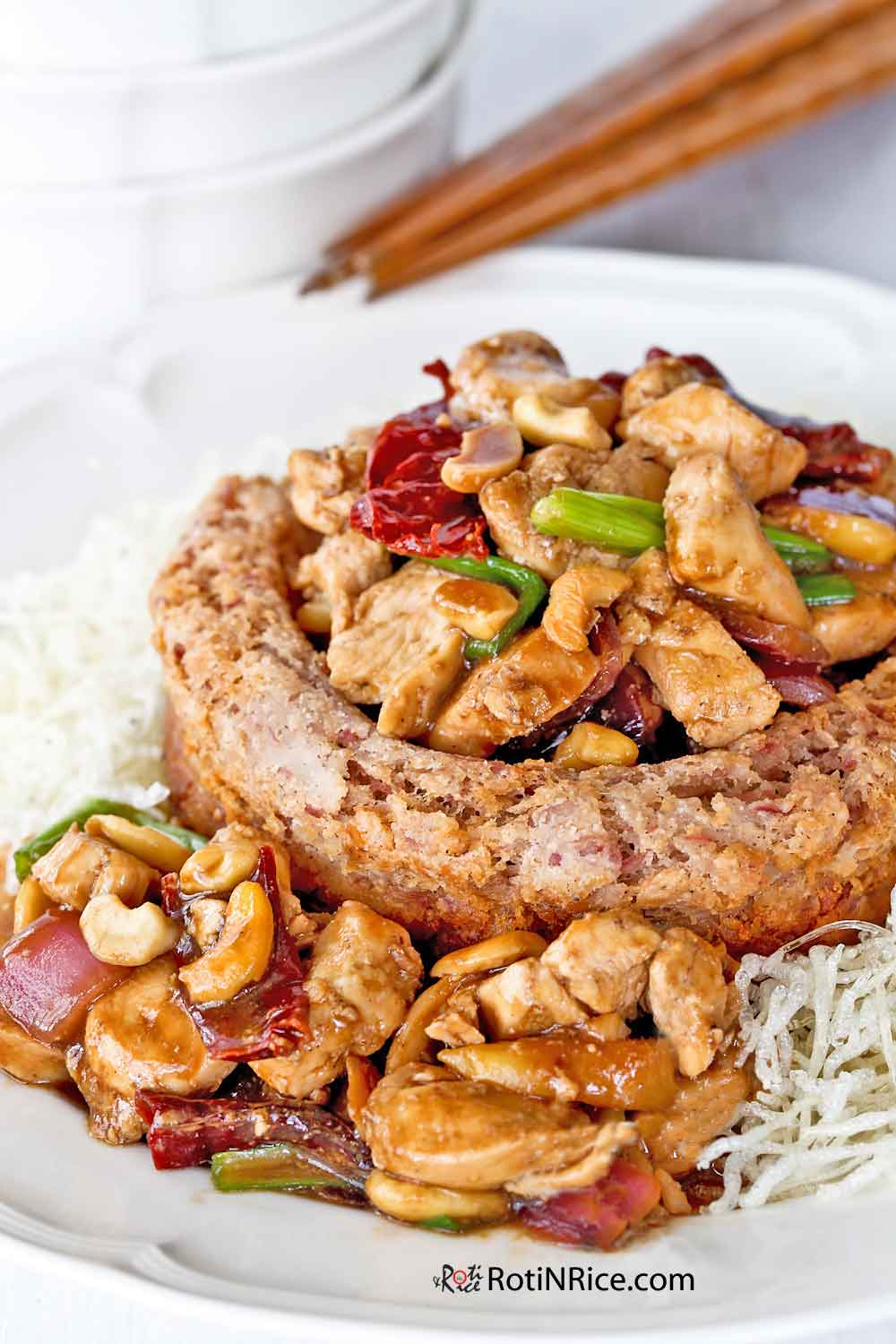 Crispy and fluffy Yam Ring with Kung Pao Chicken.