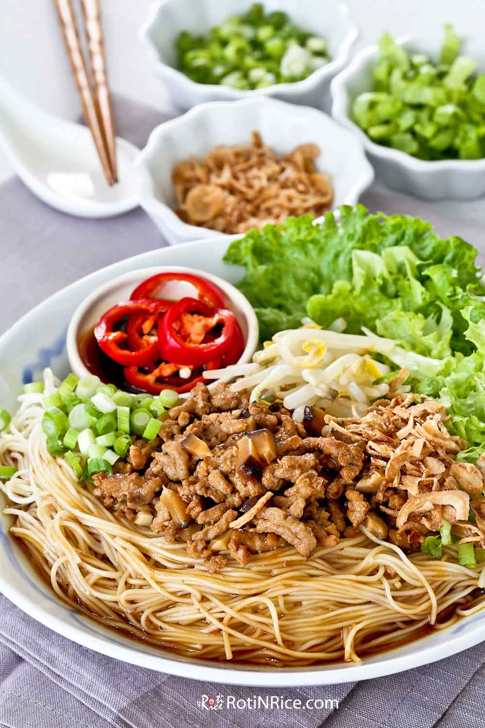 Quick, easy, and tasty Bak Chor Mee Suah.